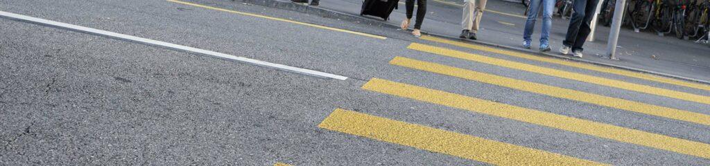 Kontakt und Anreise: Über die Strasse